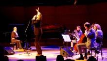 Pianist Chilly Gonzales hatte Unterstützung von Jarvis Cocker und dem Kaiser Quartett.